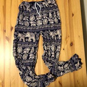 Pants - Women's Soft Purple Elephant Pants size S